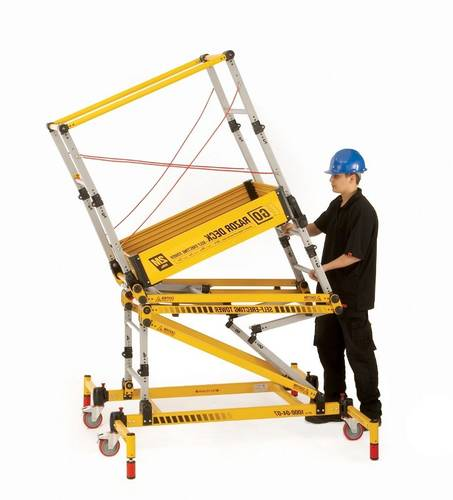 0.5m to 2.0m Razordeck Folding Tower Video