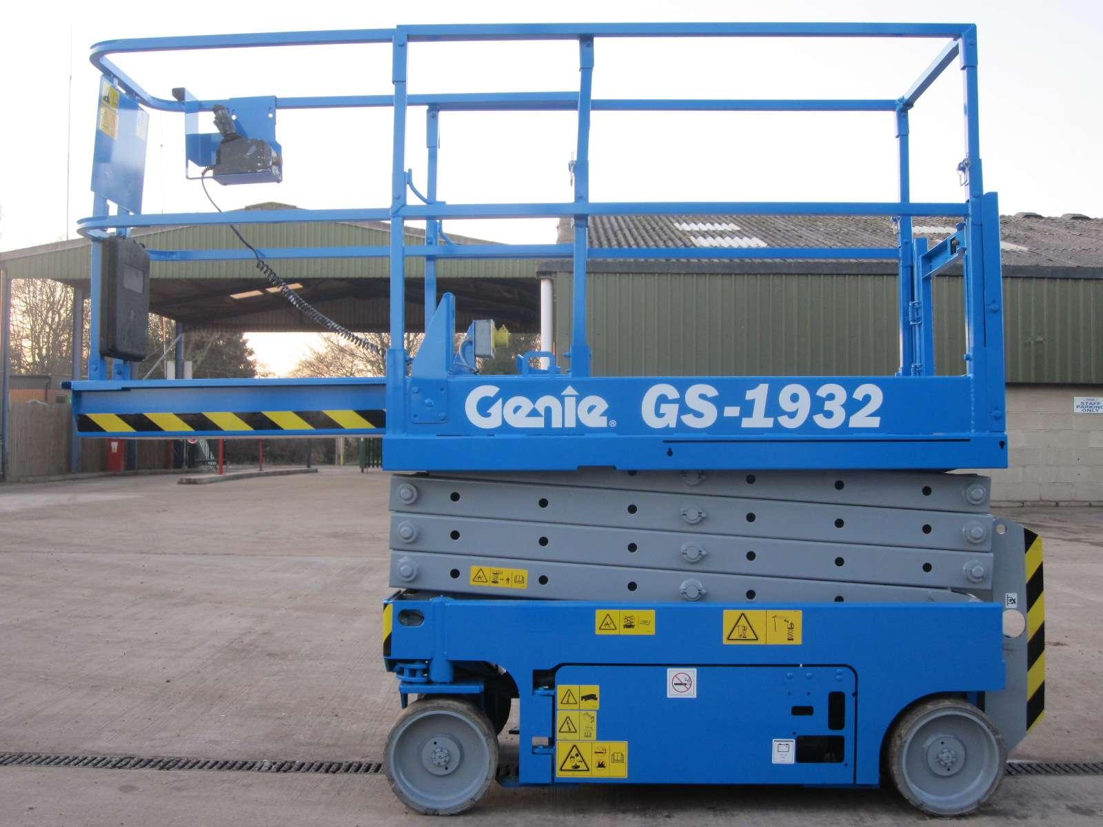 Genie GS1932 (WH 7 6m) Electric Scissor Lift Hire - Powered Access