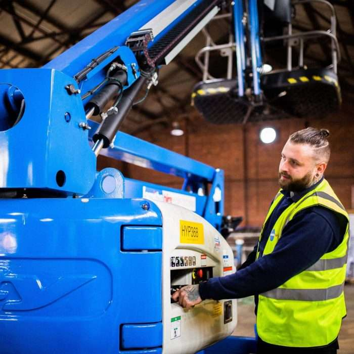 Smiths Hire Powered Access Machine Cleaning